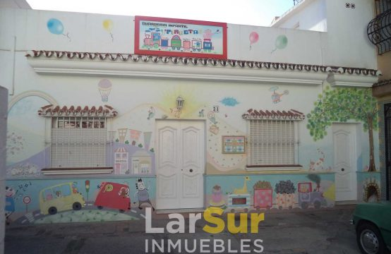 Guardería en venta en calle Fernando de Herrera, 21